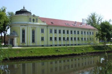 Vízzel fűthet az Árpád fürdő