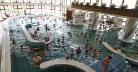 Több mint félmillióan fürödtek Zalakaroson