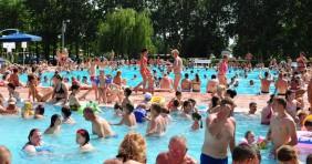 20 tanács a biztonságos fürdőzéshez
