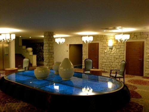 Cascades Casino Resort