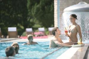 Medence a szállodánál: fontos szempont az utazóknak