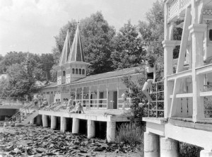 Hévízi Tófürdő 1957-ben (Fotó: Fortepan/Szent-Tamási Mihály)
