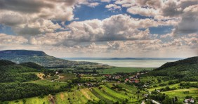 Miért nincs termálfürdő a Balatonnál?