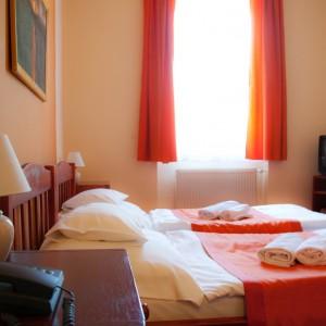 Hotel Baranya