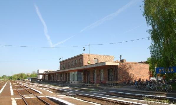 Gyulai vasútállomás a felújítás előtt (Fotó: Szente-Varga Domonkos, Vasútállomások.hu)