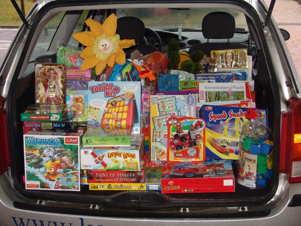 Tavaly ennyi ajándékot gyűjtöttek össze a Szemem Fénye alapítványnak