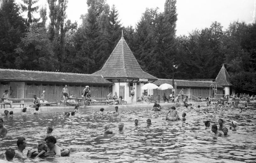 Harkányi Gyógyfürdő 1959-ben (Fotó: Fortepan)