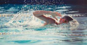 Ezeknél a betegségeknél ajánlott az úszás