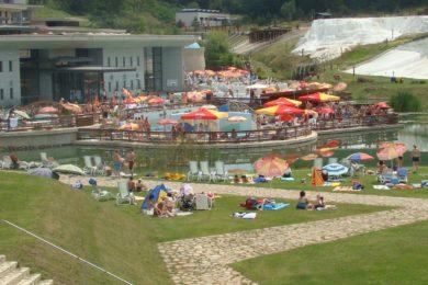 A legolcsóbb és legdrágább termálfürdők 2015 nyarán