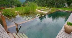 7 meglepően ötletes kerti úszómedence
