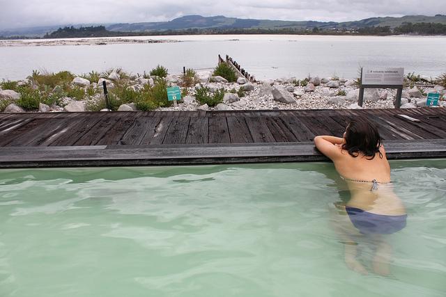 Új Zéland termálfürdő
