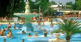 Indul a budapesti strandszezon