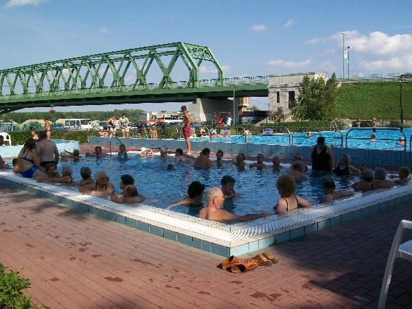 Dunaföldvári termálfürdő