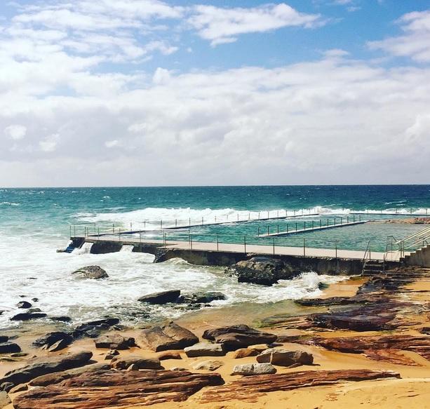 Curl Curl Rock Pool Ausztrália