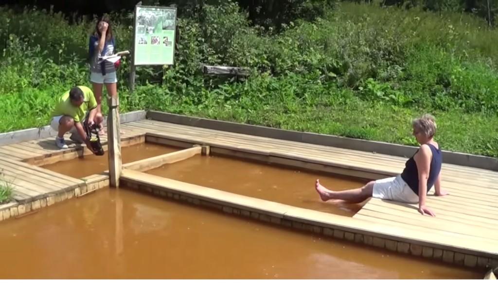 Vallató szénsavas fürdő