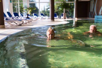 Újabb termálfürdőben kapnak kedvezményt a nyugdíjasok