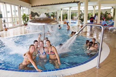 300 millió forintos fürdőfejlesztés Pest megyében