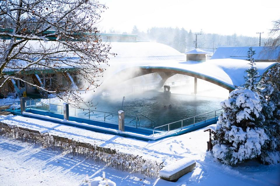Igali Termálfürdő télen