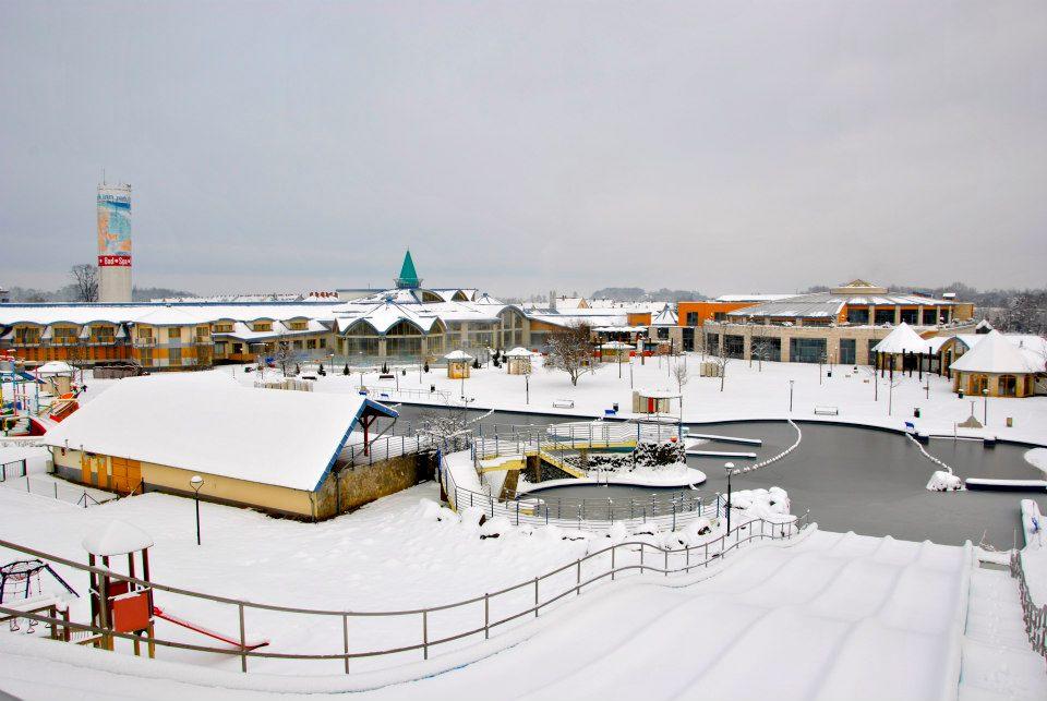 Sárvári termálfürdő télen