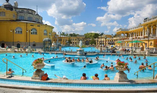 A Top 10 fürdőüzemeltető társaság Magyarországon