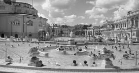 Fürdők: wellness nappal és éjszakai fürdőzésekkel indul a június