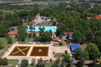 Látványos légi felvétel Berekfürdőről