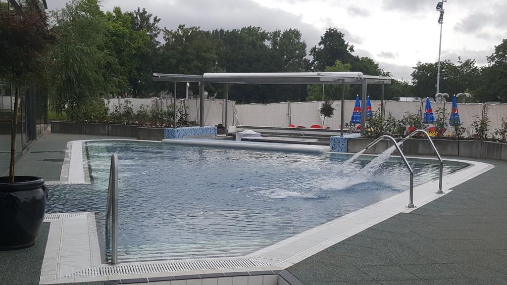 Paskál Fürdő medence
