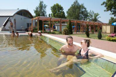 Ottalvós fürdőzés Tiszakécskén