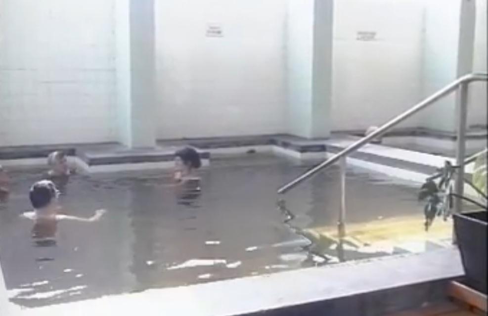 Cserkeszőlő termálfürdő 1991