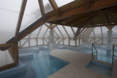 Demjén Termáltó: fürdés 35 Celsius-fokban