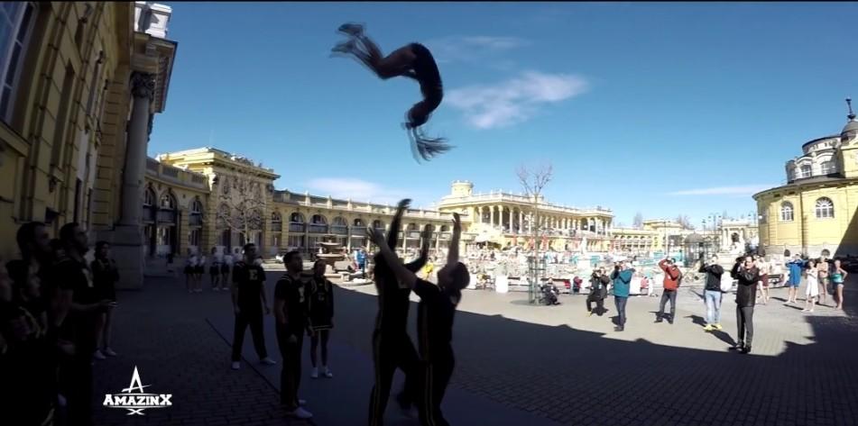 Széchenyi Gyógyfürdő Cheerleader Show
