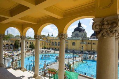 Budapesti fürdők: átalakuló korösszetétel