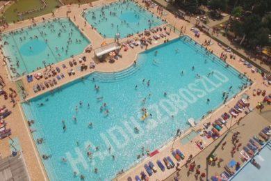 Rekordot döntött az ország legnagyobb fürdője