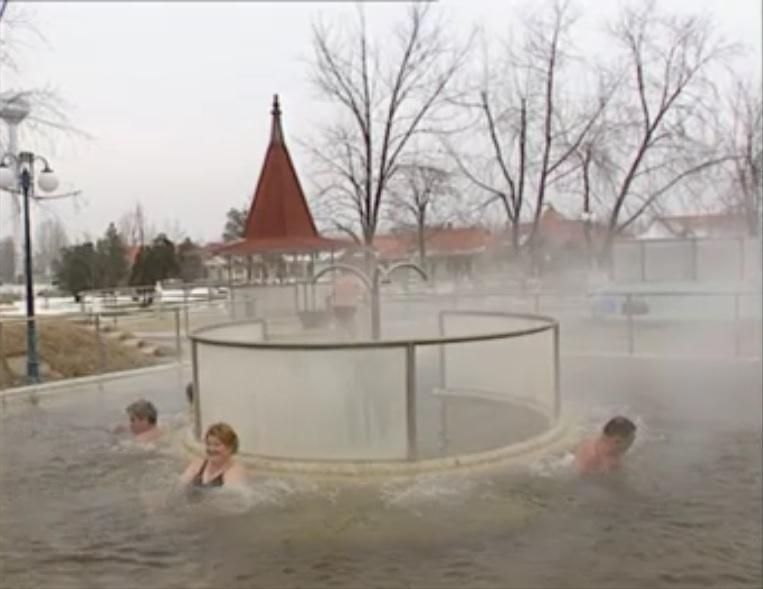 Cserkeszőlő fürdő 2002