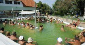 Lehet-e már ilyenkor D-vitamint gyűjteni a termálfürdők szabadtéri medencéiben?