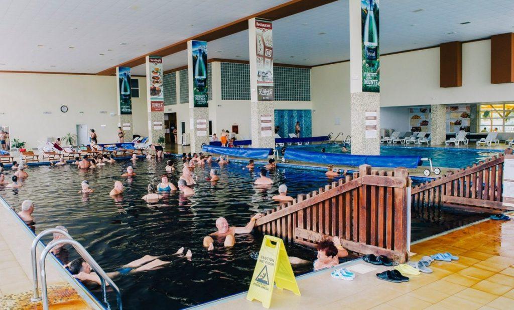 Parajd Wellness Center fürdő