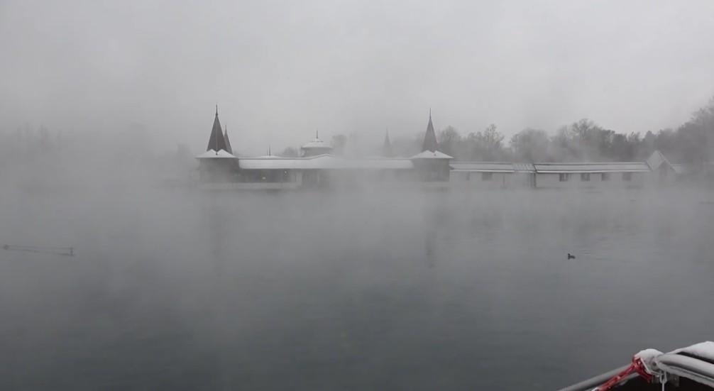 Hévízi Tófürdő havazás