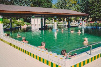 Gyógyvizes medencefürdő: Budapest és Zala megye az élen
