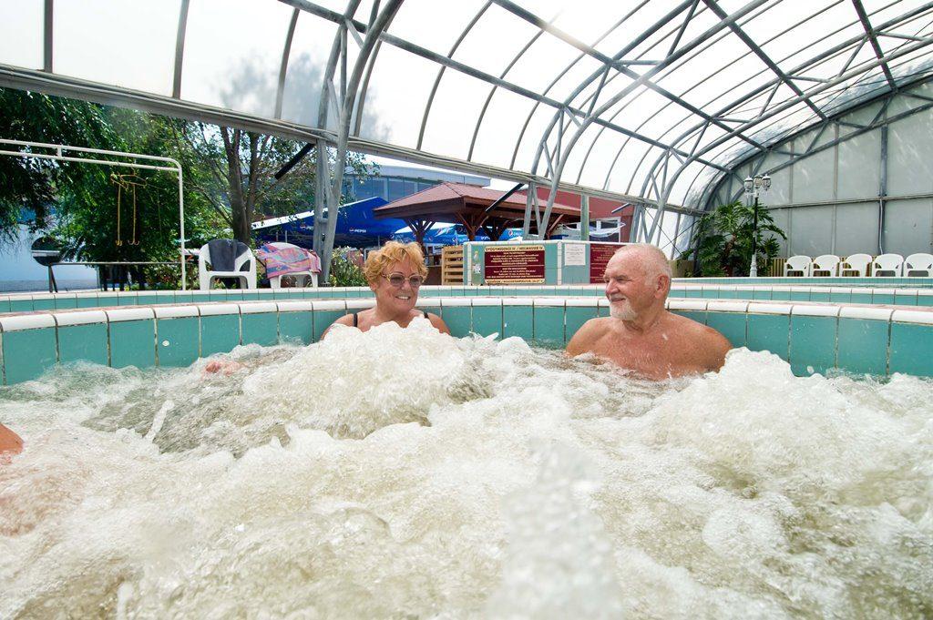 Cserkeszőlő Fürdő pezsgőfürdő