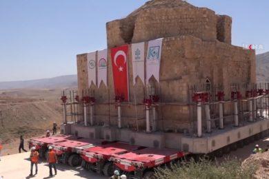 Arrébb vitték a Artuklu törökfürdőt, mert útban volt