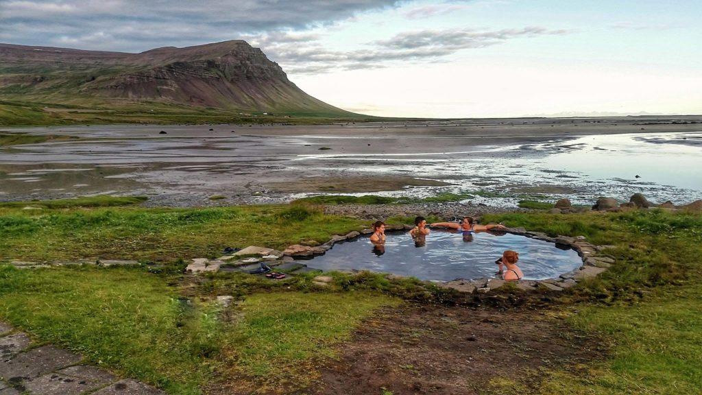 Westfjords hot tub fürdő Izland