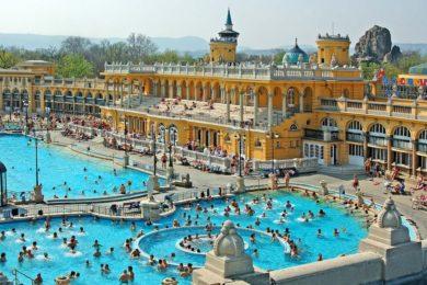Kik látogatják a budapesti fürdőket?