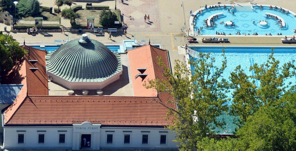 Eger törökfürdő termálfürdő
