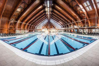 Fürdőtipp: termálfürdők fedett úszómedencével