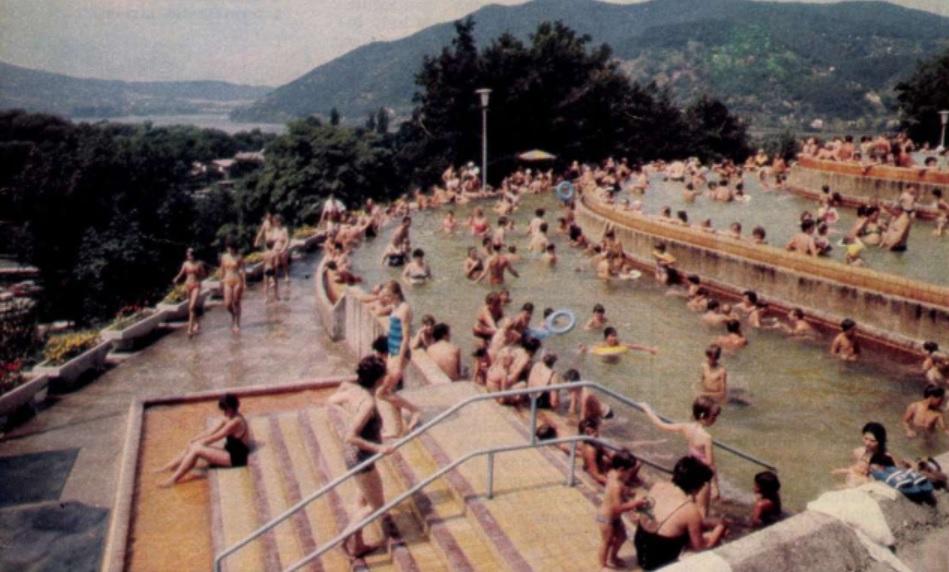 Lepence Strandfürdő 1985