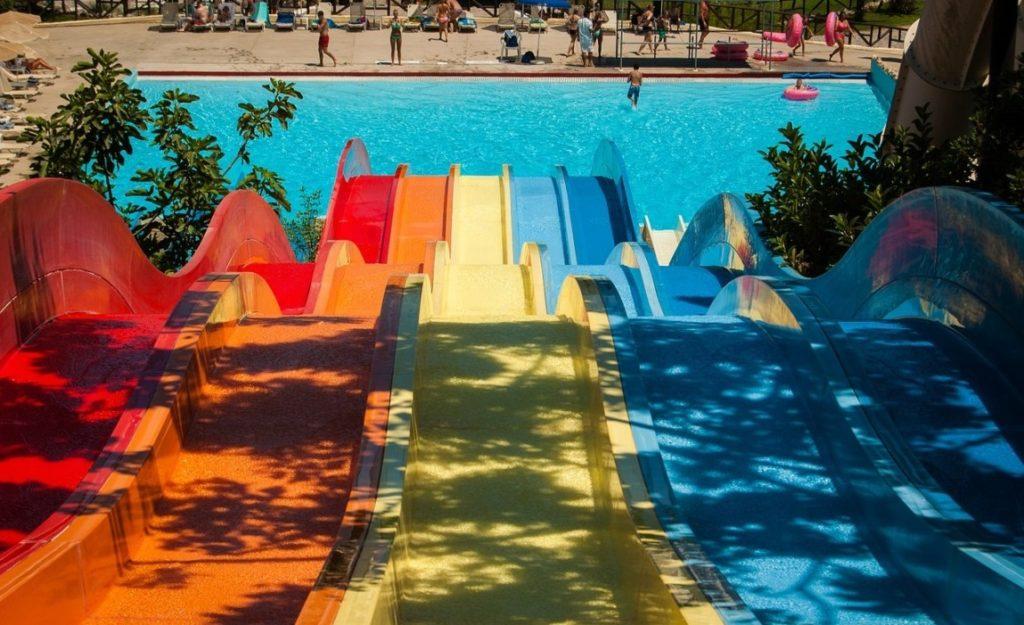 termálfürdő aquapark csúszdapark