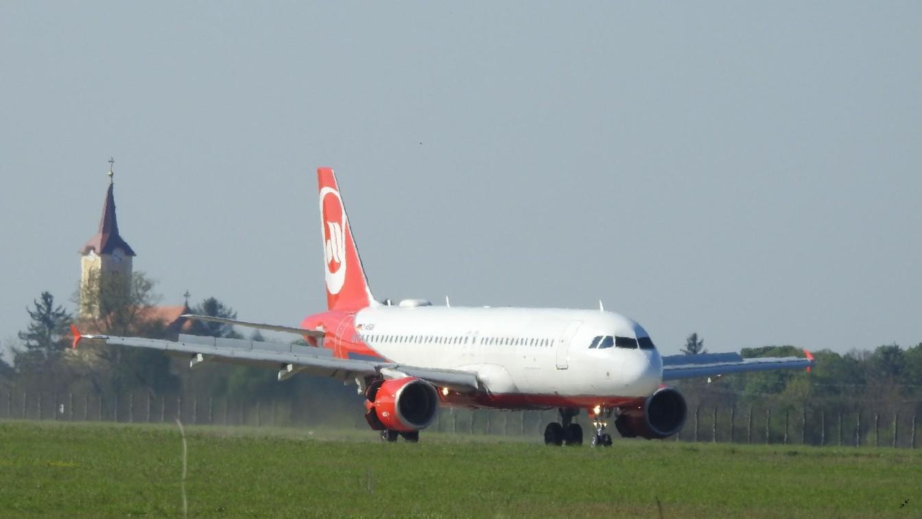 Sundair Hévíz-Balaton Airport