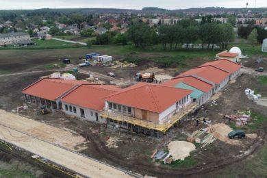 Félig már elkészült Komárom-Esztergom megye legújabb termálfürdője