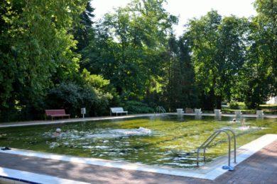 Fürdők, ahol gyógyvizes úszómedencét is használhatunk