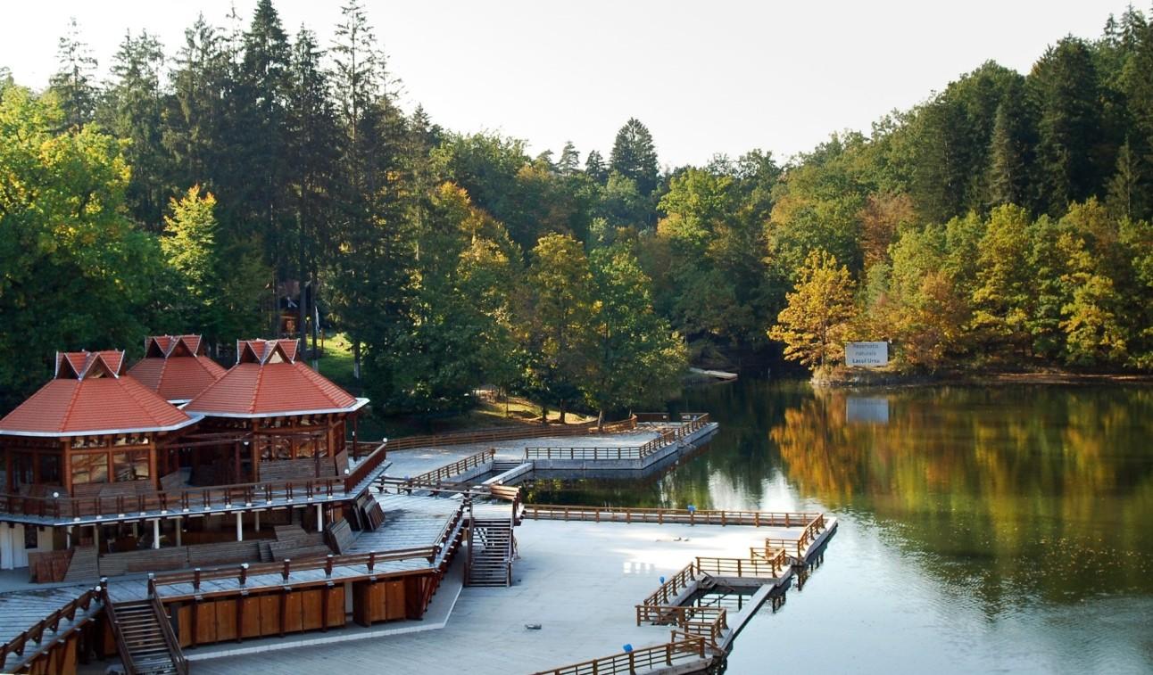 Medve-tó Szováta heliotermikus